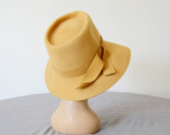 1960s Mustard Yellow Bucket Hat