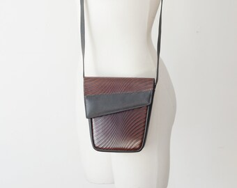 1980s Small Embossed Leather Shoulder Bag
