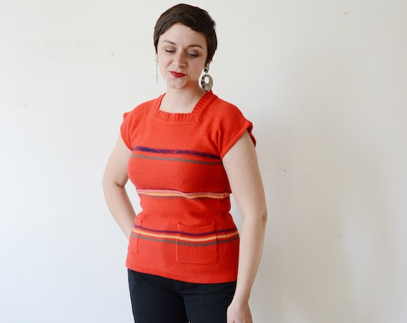 1970s Red Short Sleeve Sweater - S