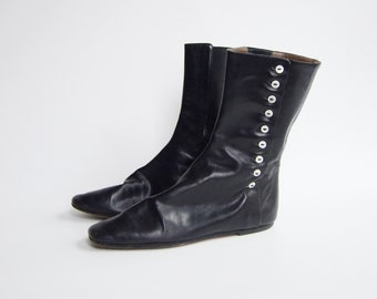 1980s Black Flat Leather Boots - EUR38.5 - US8