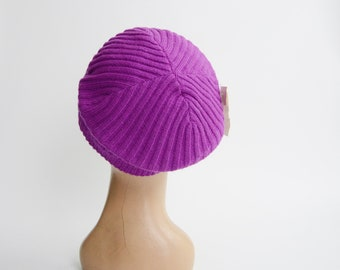 Deadstock 1980s Purple Knit Beret
