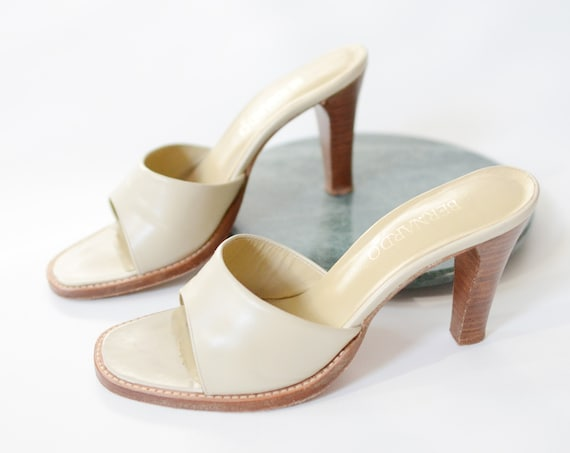 1970s Beige Leather Mules 6.5