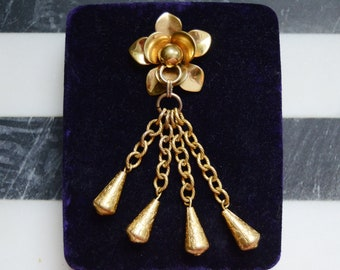 1940s Brass Flower Brooch