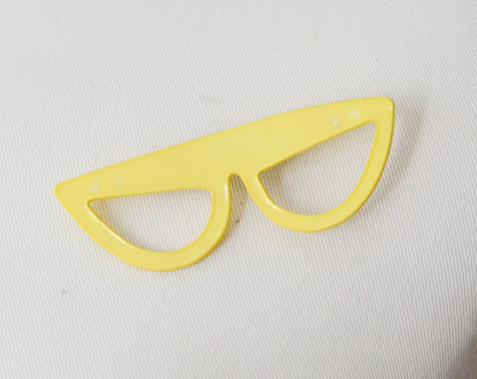 60s/70s Yellow Sunglasses Brooch
