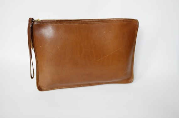 1970s Coach Brown Leather Clutch Wristlet