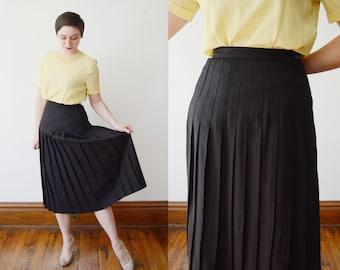 1980s Pleated Black Skirt - S/M