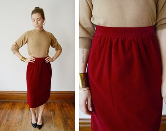 1970s Red Velveteen Skirt - S