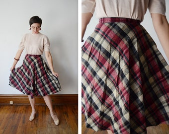1970s Plaid Maroon and Black Plaid Skirt - XS/S