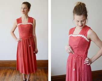 Early 1950s Red Swiss Dot Sundress with Daisy Trim - XS