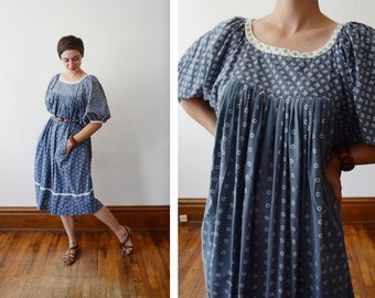 1970s Blue and White Floral Cotton Dress - M/L