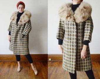 1960s Tweed Coat with Fur Collar - S/M