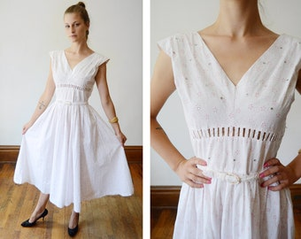 1950s White and Pink Floral Sundress - XS