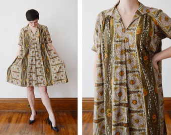 1960s Olive Green Floral Tent Dress - M