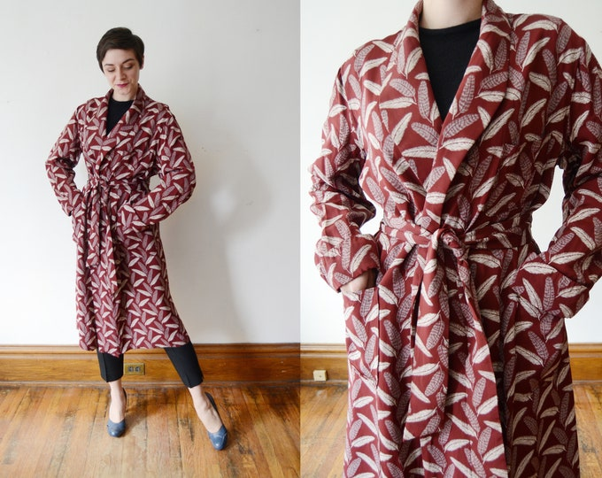 1940s Cold Rayon Feather Robe - M