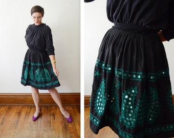 1950s/1960s Black and Green Embroidered Mirror Skirt - XS