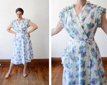Evelyn Pearson 1950s Rose Print House Dress / Wrap Dress - M