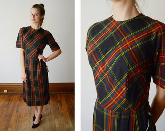 Deadstock Early 1960s Plaid Fitted Dress - XS/S