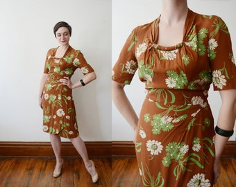 1940s Brown and Green Daisy Dress - M