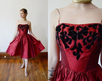 1950s Beaded Red Dress from Saks Fifth Avenue - XS
