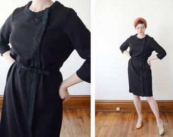 1960s Black Knit Shift Dress - L