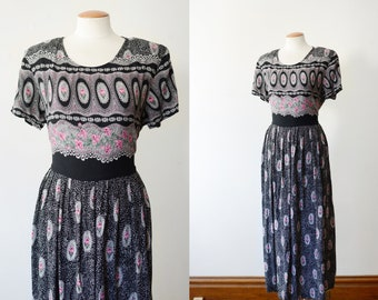 1990s Black Floral Midi Dress - S/M