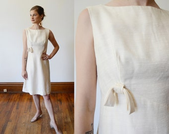 1960s Cream Shift Dress - XS