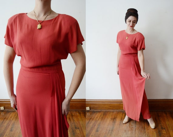 1940s Coral Pink Rayon Crepe Dress - L