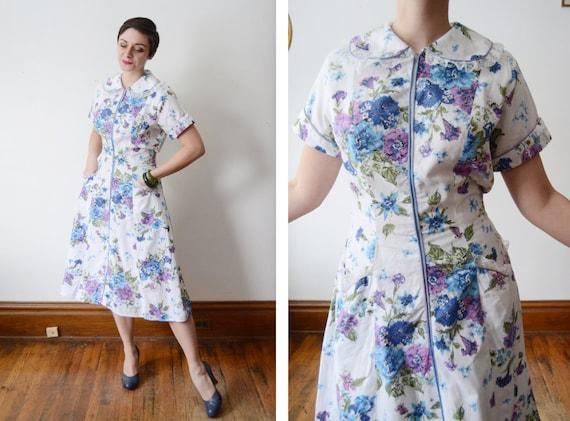 1950s White Cotton Floral Front Zip Dress - M/L