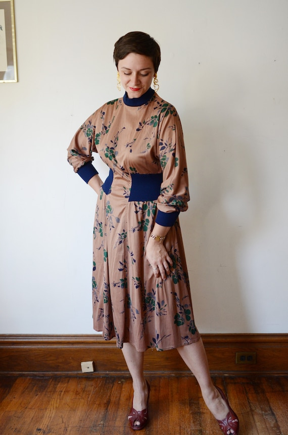 1980s Brown Floral Jersey Dress - M - image 8