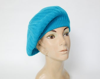 1980s Knit Turquoise Beret