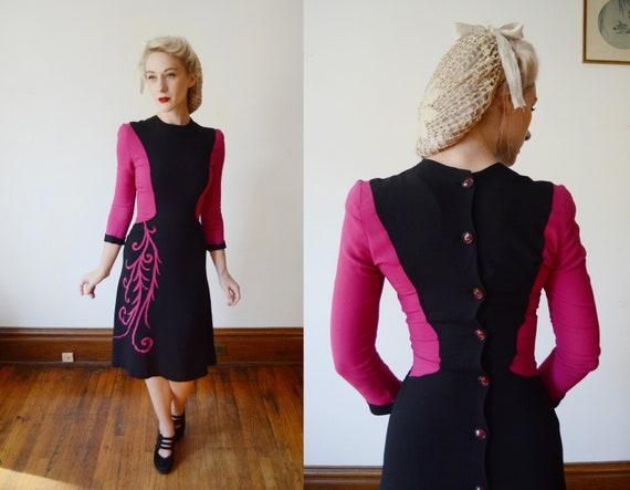 1940s Fuchsia and Black Colorblock Dress - XS - image 1