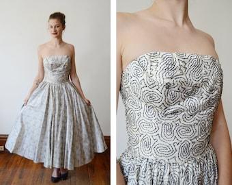 1950s Flocked Velvet White and Black Party Dress - XS