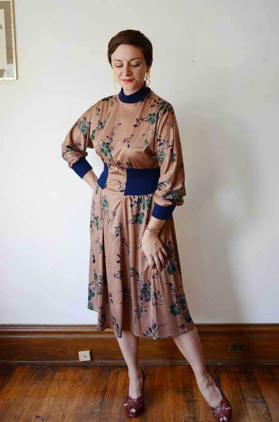 1980s Brown Floral Jersey Dress - M - image 7