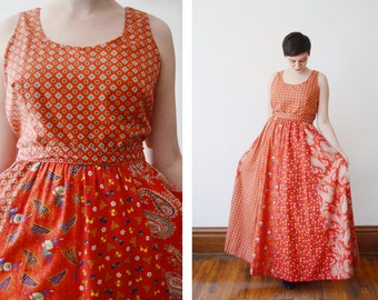 1970s Red Paisley Maxi Dress - M/L