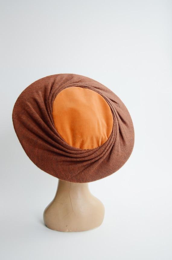 1950s Brown and Orange Velvet Plate Hat