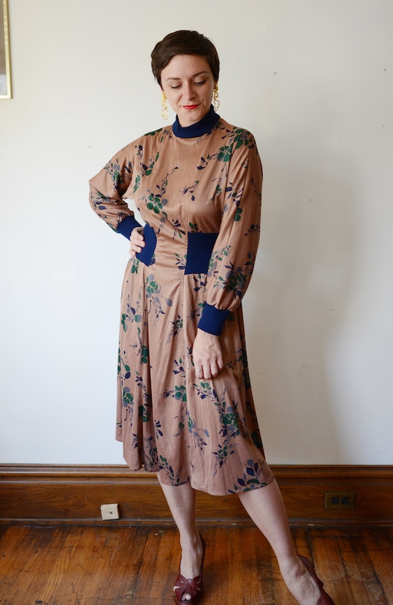 1980s Brown Floral Jersey Dress - M - image 6