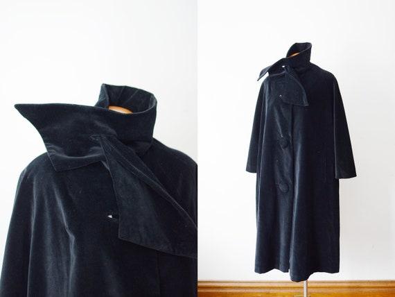 Marguerite Rubel 1960s Black Velveteen Swing Coat - M/L