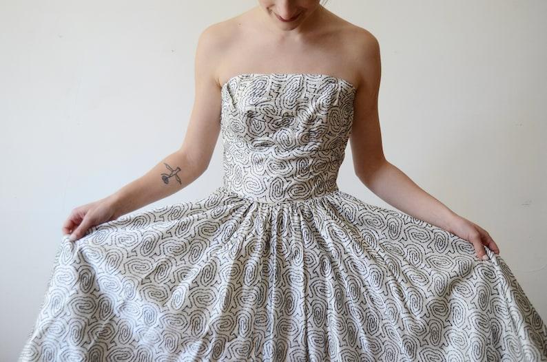 1950s Flocked Velvet White and Black Party Dress XS