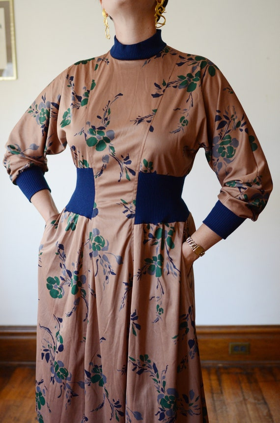 1980s Brown Floral Jersey Dress - M - image 9