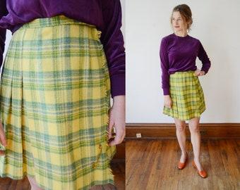 1960s Lime Green Plaid Skirt - XS