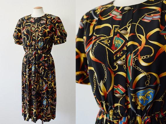 1980s Family Crest Print Dress - M