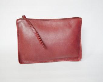 1970s Coach Burgundy Leather Clutch Wristlet