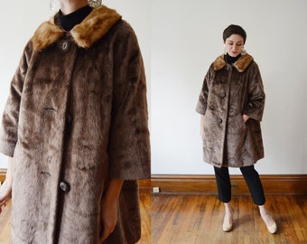1950s/1960s Faux Fur Jacket with real Mink Collar - S/M