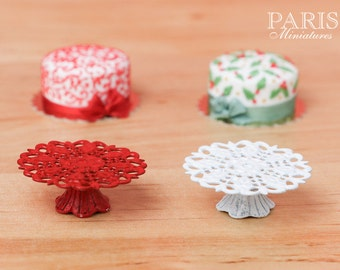 Ornate Metal Filigree Cake Stand - Red or White - 2.5 cm / 1 inch diameter. 12th Scale