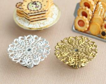 Ornate Metal Filigree Cake Stand - Gold or Silver - 2.5 cm / 1 inch diameter. 12th Scale
