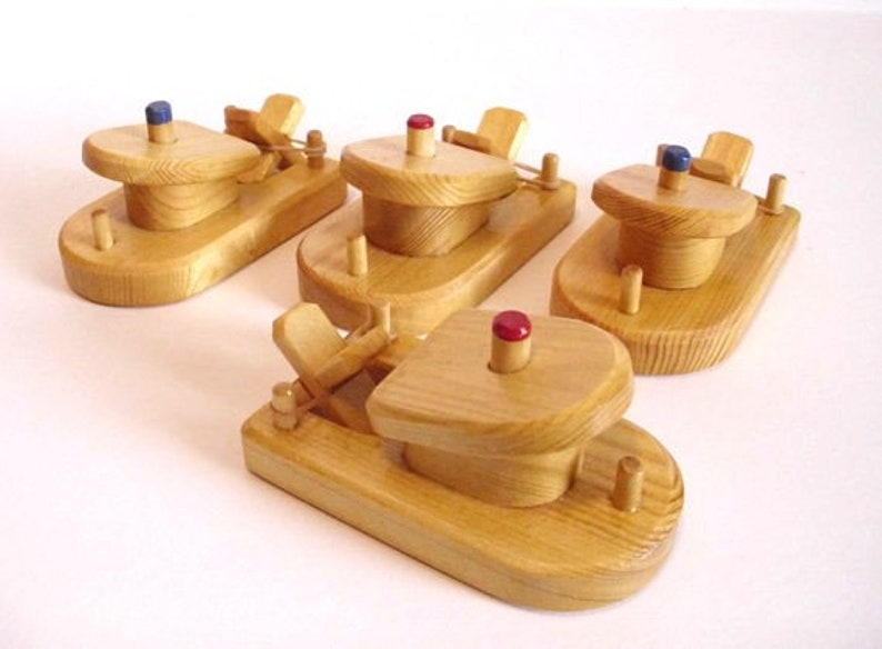 Wood Toy Small Paddle Boat Set of 4 Rubber Band Powered Wooden Bathtub Boat Waldorf toy Jacobs Wooden Toys Handmade Kids Christmas gift