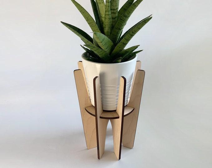 MONTCLAIR wood plant stand, sculptural plant holder, wooden plant pedestal, mid century modern, retro design, house plant, indoor plant