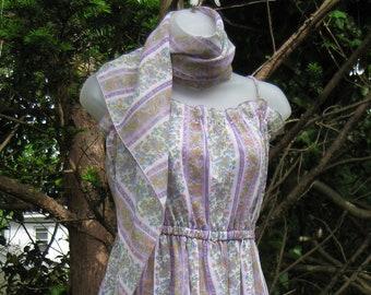 début des années 80 robe de bal, robe de Garden party maxi, bretelles spaghetti robe dos nu en lila lavande
