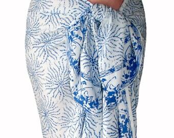 White Beach Sarong Wrap Skirt Women's Clothing Batik Pareo Batik Beach Sarong Spa Skirt or Dress - Blue Sea Anemone - Beach Cover Up - Gift