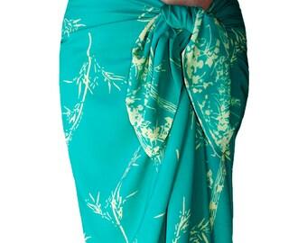 Beach Sarong Skirt Womens or Mens Clothing - Batik Pareo - Long Wrap Skirt - Aqua Green & Cream Beach Cover Up Bamboo Sarong - Spa Wrap
